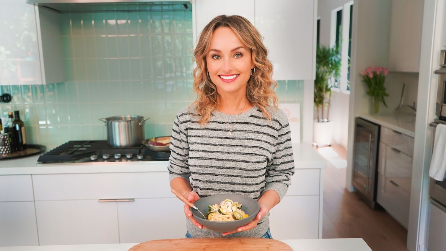 Watch Giada at Home live