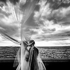 Wedding photographer Cristiano Ostinelli (ostinelli). Photo of 02.01.2019
