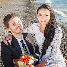 Wedding photographer Zhenya Zhulanova (Zhulanova). Photo of 12.12.2013