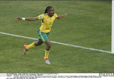 🎥 Le Mondial 2010 débutait il y a déjà dix ans : le monde découvrait Tshabalala ... et les vuvuzelas