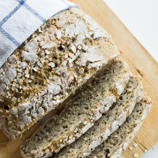 No-Knead Oat and Flaxseed Bread Recipe