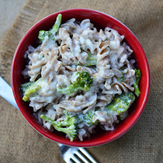 Slow Cooker White Cheddar Broccoli Mac & Cheese.