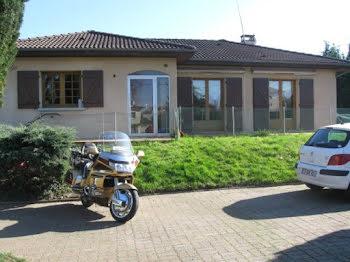 villa à Peschadoires (63)