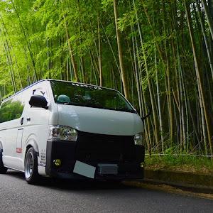 ハイエースバン TRH200V SUPER GL 2018年式のカスタム事例画像 keiji@黒バンパー愛好会さんの2019年06月20日08:39の投稿