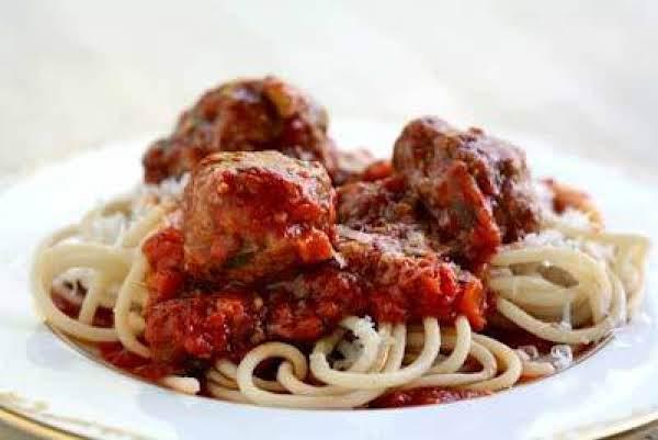 Peg's Spaghetti & Meatballs