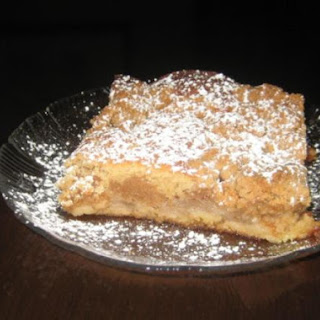Mom's Apple Crumb Cake