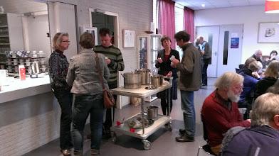 Photo: De lunch mt door vrijwilligers klaargemaakte soep