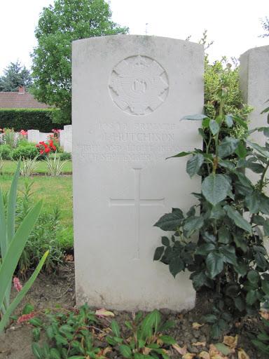John Hutchison grave