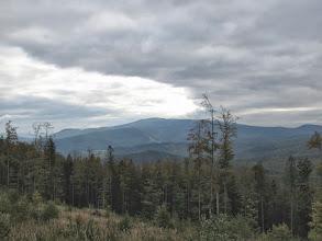 Photo: 13.Pasmo Policy. Na pierwszym planie Kiczorka (1298 m). Polica (1369 m) to wierzchołek na drugim planie.