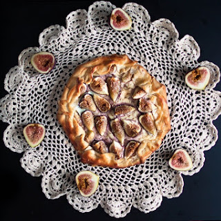 Fig, Goat Cheese, And Honey Galette