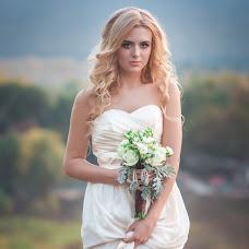 Wedding photographer Olesya Grosheva (FoxVenomal). Photo of 21.10.2015