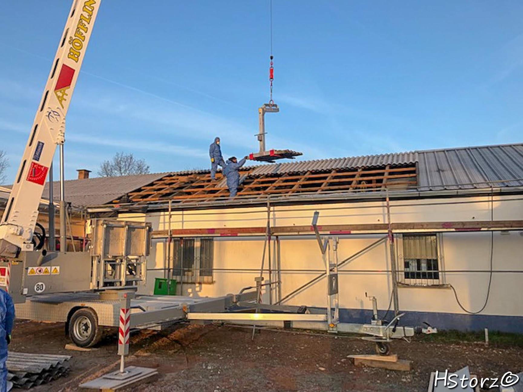 Dacharbeiten am Sportheim