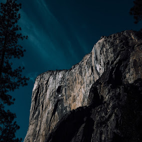 El Capitan by Trey Amick - Landscapes Mountains & Hills ( mountains, xt1, 10-24mm, yosemite, fujifilm, trail, national parks, yosemite national park, xt-1, fuji, hiking )