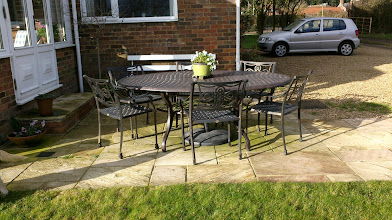 Photo: Outdoor Dining Table and Chairs Set for 6 http://www.outsideedgegardenfurniture.co.uk/Cast-Aluminium-and-Metal-Garden-Furniture/Tables-for-6/6-Seater-Oval-Metal-Patio-Set.html