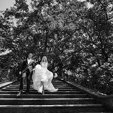 Wedding photographer Galina Nabatnikova (Nabat). Photo of 20.08.2017
