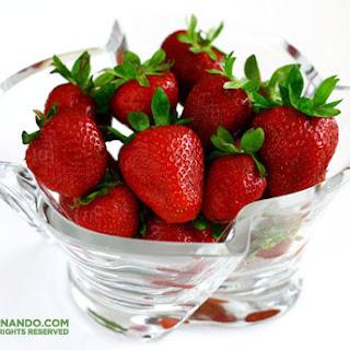 Vegan Strawberry Smoothie