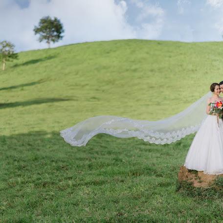 Wedding photographer Rapeeporn Puttharitt (puttharitt). Photo of 04.01.2018