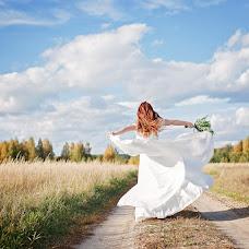 Wedding photographer Elena Korlunova (amaflos). Photo of 08.12.2016