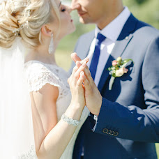 Wedding photographer Irina Cherepanova (Vspyshka). Photo of 01.08.2017