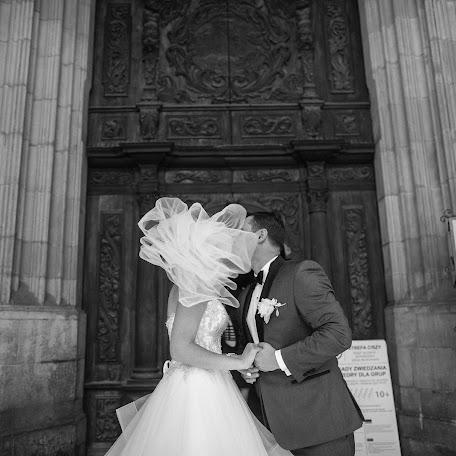 Wedding photographer Vitaliy Puzik (Joyman). Photo of 30.10.2017