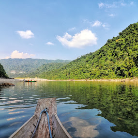 Wah Umngot | Dawki, Meghalaya by Abhisek Datta - Landscapes Mountains & Hills ( clear, river, water )