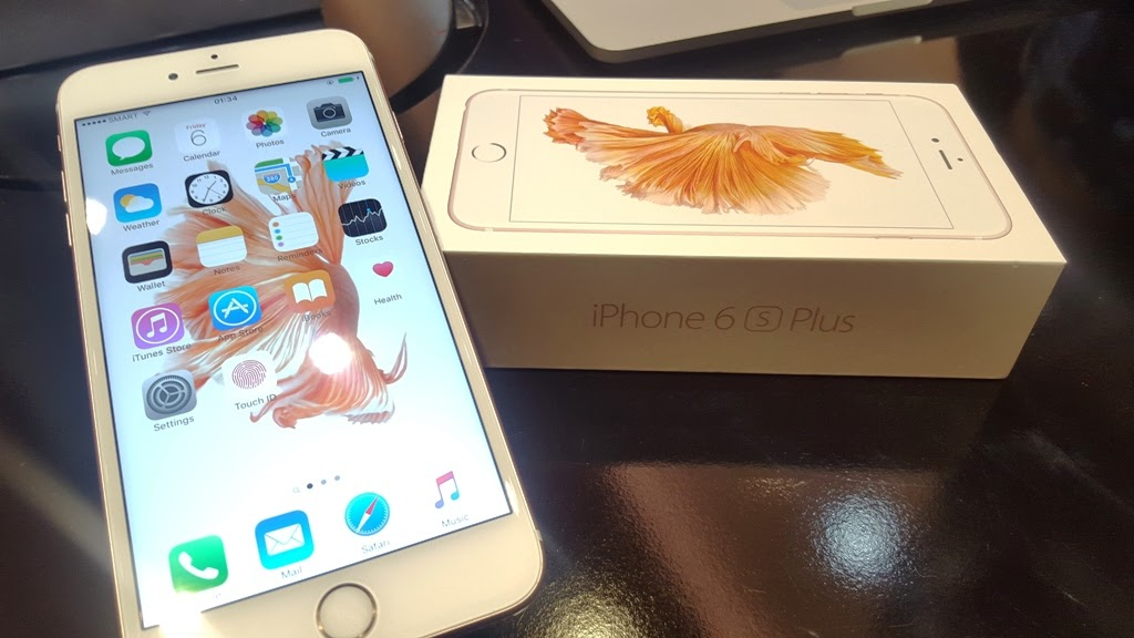 IPHONE 6S FIRST-LOOK EXPERIENCE AT THE SWITCH STORE IN UP AYALA TECHNOHUB