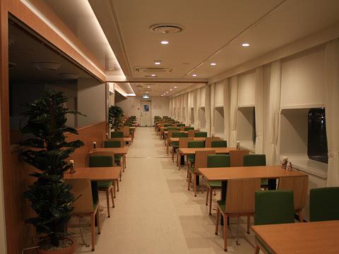 太平洋フェリー 新「きたかみ」 7デッキ レストラン「グリーンプラネット」_04