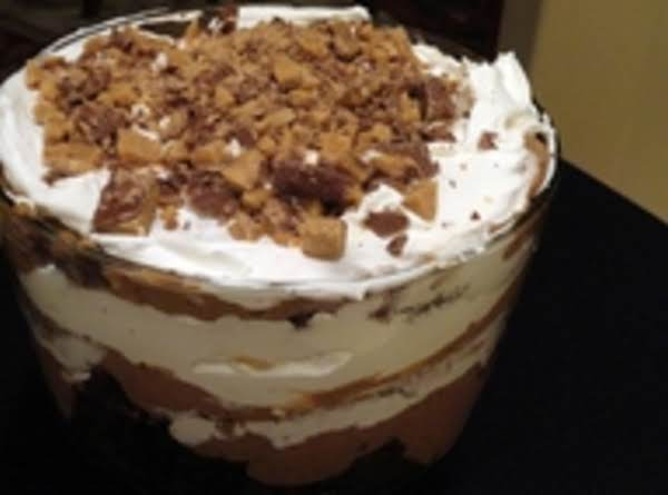 Yummy Kahlua Cake W/crushed Toffee Chips