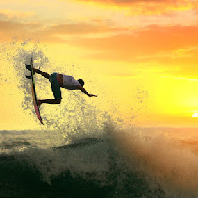 Dust Adrenalin by Alit  Apriyana - Sports & Fitness Surfing