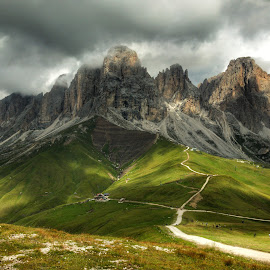 Sassolungo by Mario Horvat - Landscapes Mountains & Hills ( mountains, dolomites, green, italy, sassolungo )