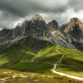 Sassolungo by Mario Horvat - Landscapes Mountains & Hills ( mountains, dolomites, green, italy, sassolungo )