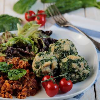 Vegan Spinach-Bread Dumplings with Lentils