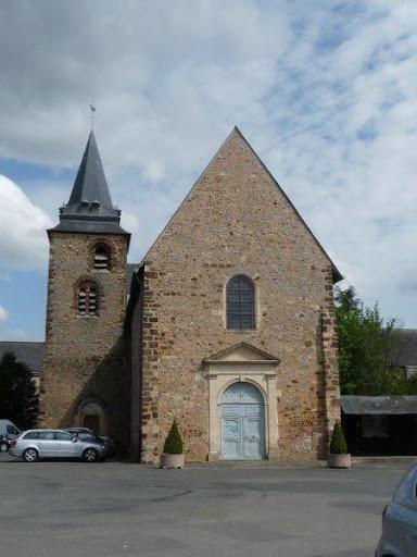 photo de PAROISSE DE SABLE : AUVERS-LE-HAMON : Eglise St Pierre