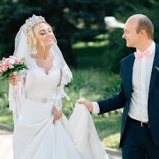 Wedding photographer Dmitriy Usmanov (Usman). Photo of 11.08.2017