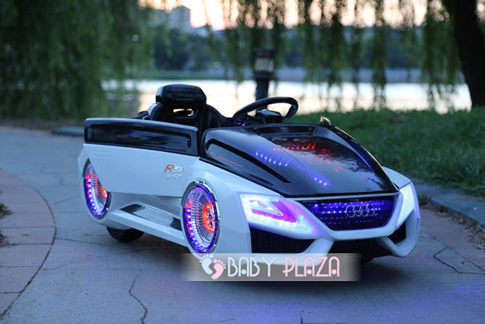 Xe hơi điện thể thao cho bé HL-988 9