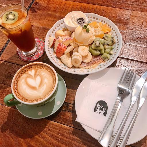 二訪✌🏻 第一次來吃鹹食 今天來吃甜食 好啊!!!!! 🔍水果鬆餅$200 🔍水果茶$140 🔍拿鐵$130
