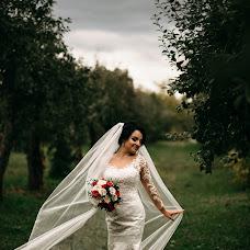 Wedding photographer Darya Tapesh (Tapesh). Photo of 19.02.2018