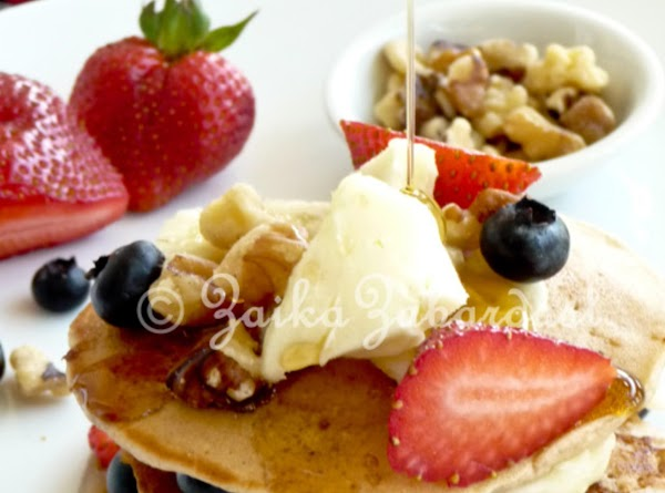 Serve hot. Drizzle with good amount of Organic maple syrup (forget those unhealthy pancake...