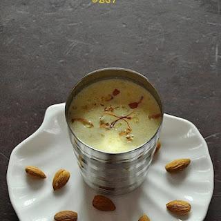 Badaam Paal ~ Almond Milk.