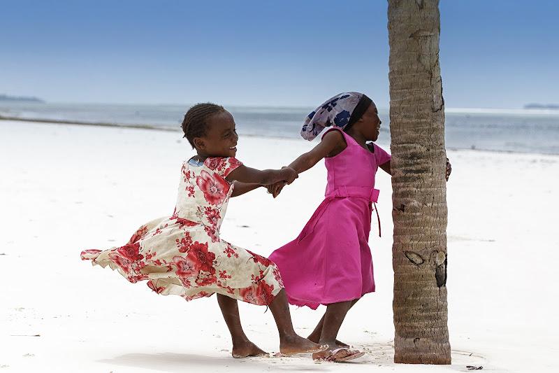 Giochi a Zanzibar di David Marrone
