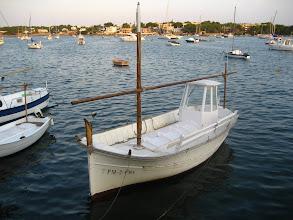 Photo: Yelkenli, kayık, pilothouse, balıkçı hepsi var.