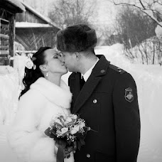 Wedding photographer Sergey Listopad (listopadsergey). Photo of 22.03.2013