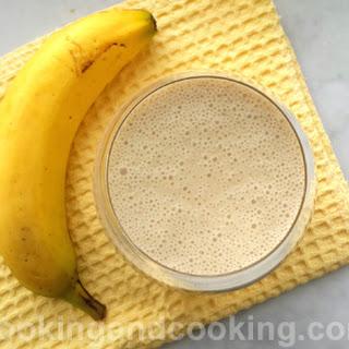 Banana Smoothie.
