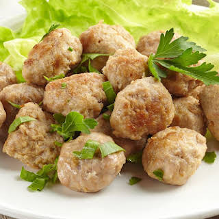 Spicy Low-Fat Turkey Meatballs.