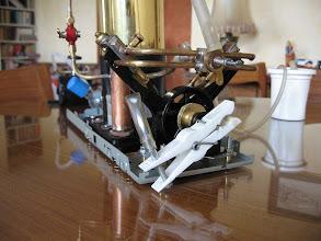 Photo: Plus sérieux le deuxième proto : essai sur l'ensemble vapeur wilesco D49 qui équipe la chaloupe Anna.