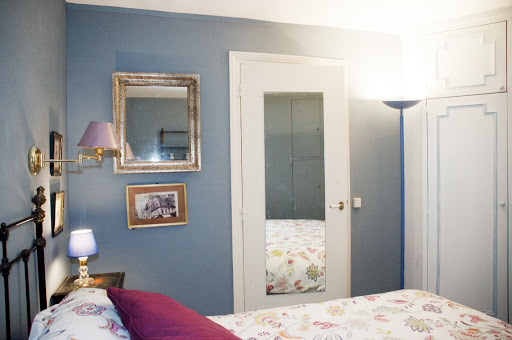 Bedroom at 1 bedroom Apartment Next to Eiffel Tower