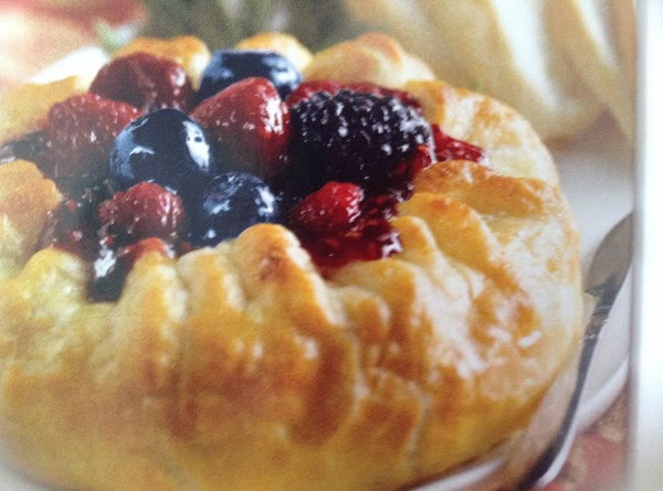 Triple Berry Baked Brie Recipe
