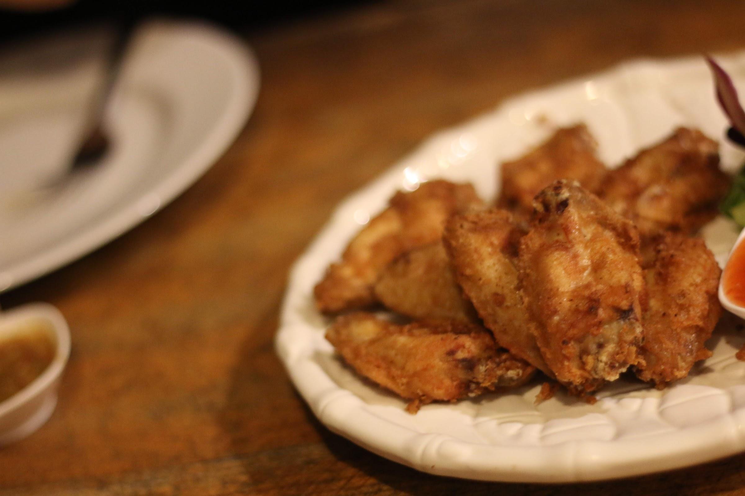 ไก่ทอดน้ำปลา - นุชชี่ซีฟู๊ด