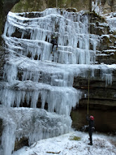 Photo: ci dicono che normalmente qui già a dicembre lo spessore del ghiaccio è stupefacente.