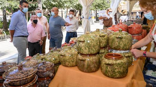 La 29º Feria Alfaralmería reúne a 30 artesanos del barro de España y Portugal